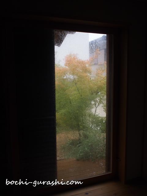 台風被害_雨戸1