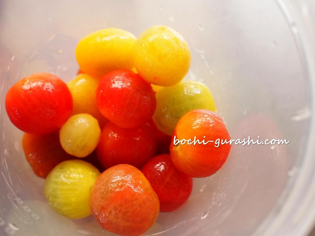 ミニトマトを湯むきする